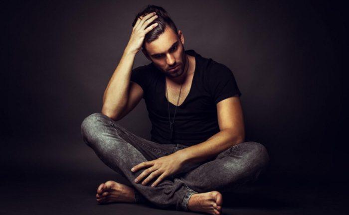 5 привычек, которые выдают низкую самооценку