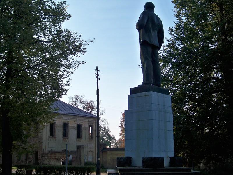 Ильич на площади Города России, Тверская область, красивые места, пейзажи, путешествия, россия, торжок