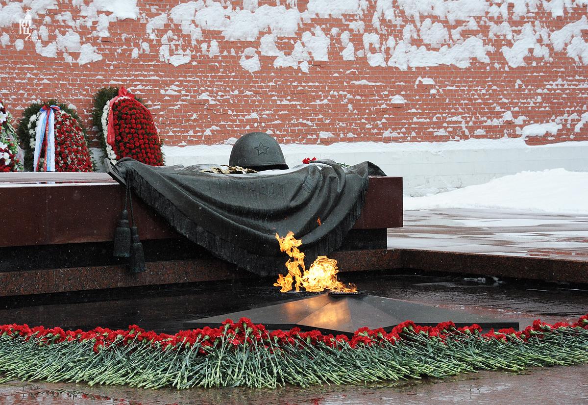 Чтобы помнили. 3 декабря - День Неизвестного Солдата в России