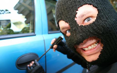 «Чисто покататься»: воришка без прав угонял машины и ездил до последней капли бензина