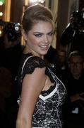 Кейт Аптон на парижской премьере кинокартины «Mademoiselle C»