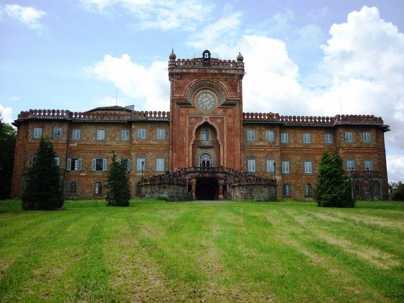 Замок Саммеццано, Италия