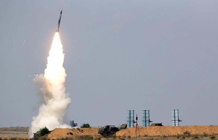 """Гроза """"стелс""""-целей и спутников: что известно о новой системе ПВО России С-500."""