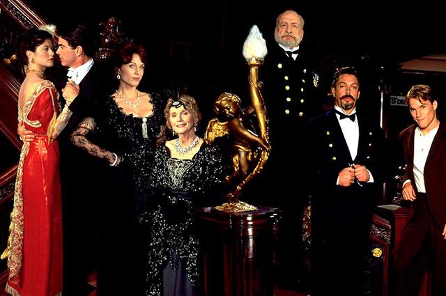 """Мэрилу Хеннер (третья слева) в телефильме """"Титаник"""" (Titanic) 1996 года"""