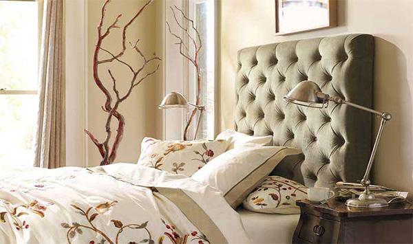 Изголовье кровати: стильный акцент в спальне и советы по изготовлении своими руками