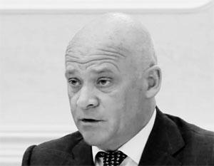 Мэр Одессы не сумел провести заседание на украинском языке