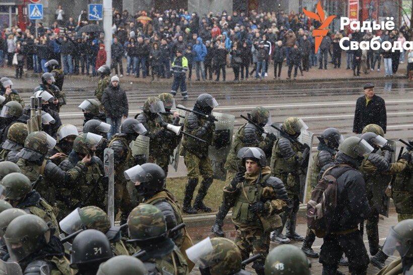 День воли. Беларусь: в Дзень волі Лукашенко не дал развернуться майдану. Симуляция майдана: Лукашенко шантажирует Москву с целью «выкупа»