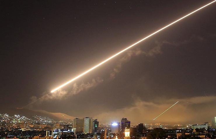 Две американские ракеты долетели до России
