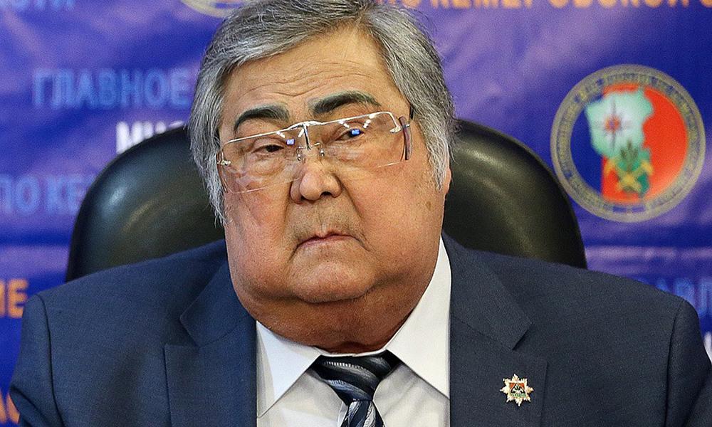 """После трагедии в """"Зимней вишне"""" глава Кузбасса ушел в отставку"""