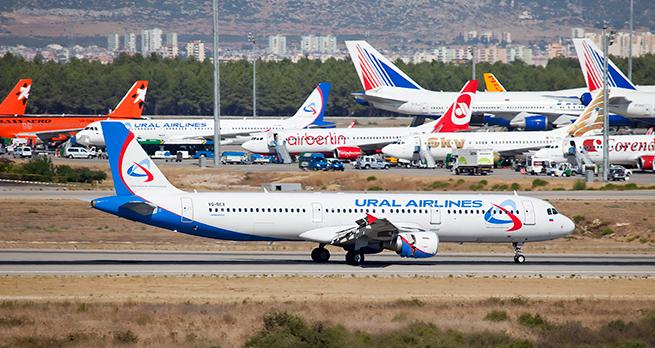 """Призрак """"Трансаэро"""": сколько авиакомпаний переживут лето?"""