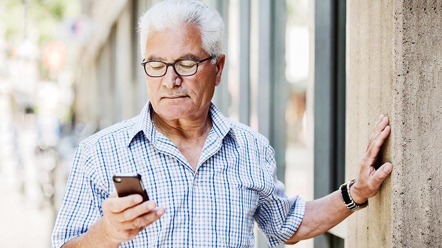Студент из России запустил мобильное приложение , способное распознать по селфи анемию и болезнь Паркинсона.