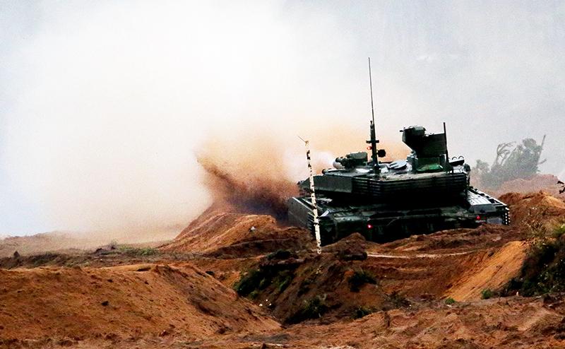 Танковый бой: Т-90 не оставит шансов новому «Абрамсу»
