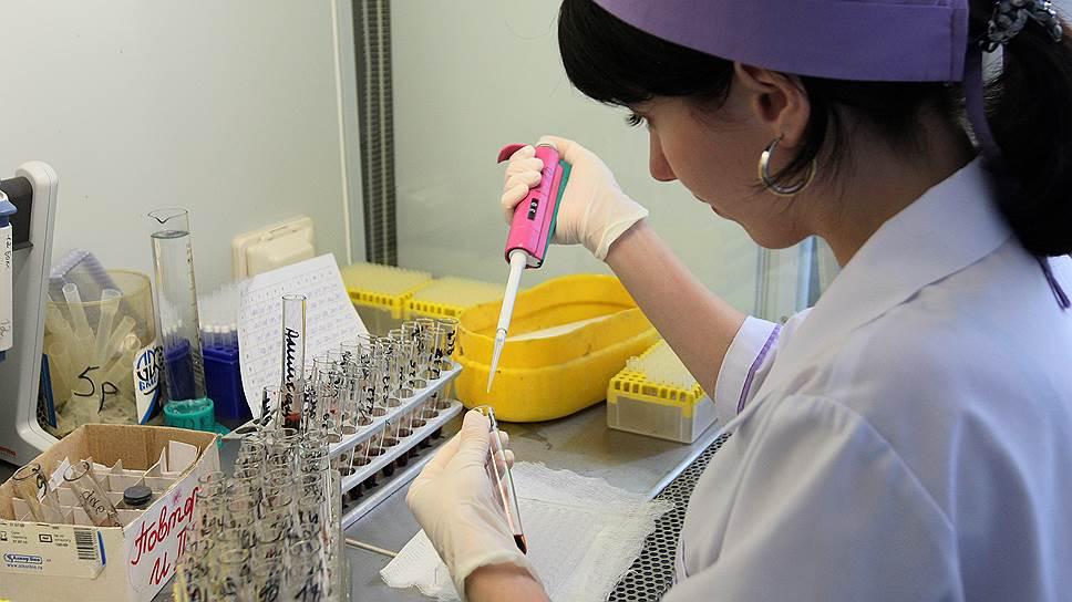 ВИЧное дело каждого: На фоне роста числа инфицированных вирусом тысячи россиян отрицают его существование