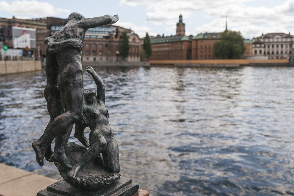 Гребите сами! Малоизвестная деталь Стокгольма