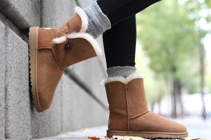 Оригинальные угги дольше прослужат и лучше согреют ноги. / Фото: journal-cherry.ru