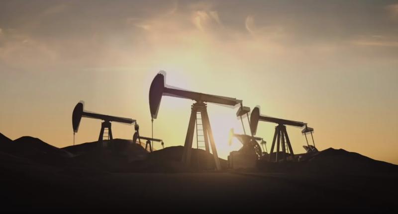 Цена на нефть резко упала вп…
