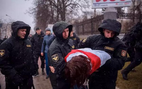 «День воли» вБелоруссии завершился многочисленными задержаниями
