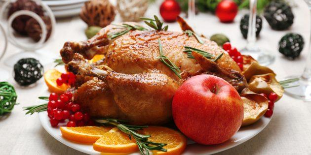 Фаршированная курица с яблоками: простой рецепт