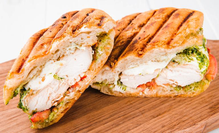 Бутерброды с мясом: рецепты приготовления