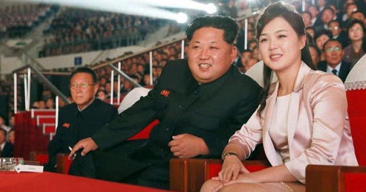 Певица, комсомолка, красавица: таинственная жена диктатора Северной Кореи
