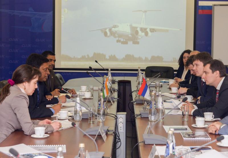 Делегации Минобороны Индии продемонстрировали Ил-76МД-90А и Ил-78МК-90А в Ульяновске