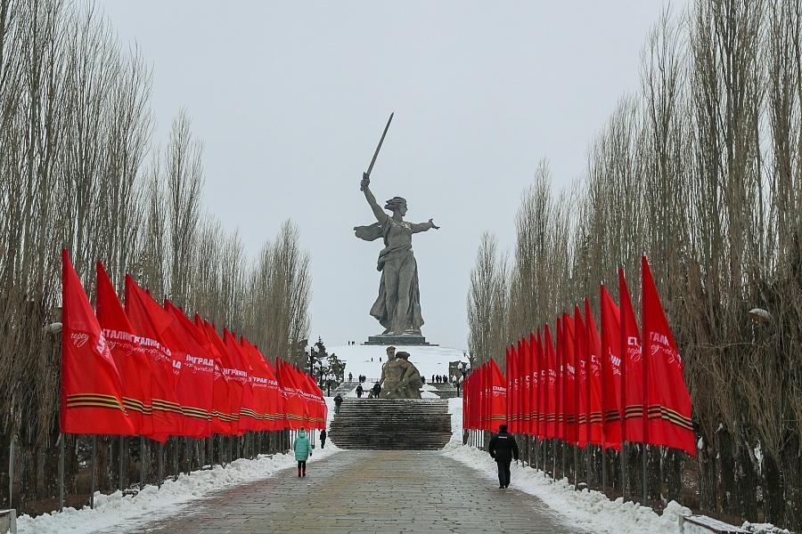 5000 за Навального и 30 000 за Сталинград