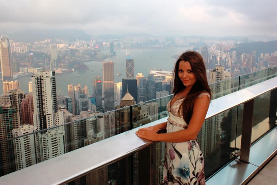 Как «зарабатывают» русские в Гонг Конге