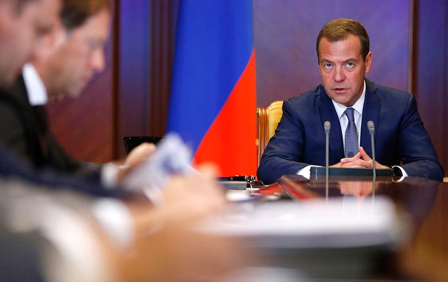 Что делать Медведеву, если е…