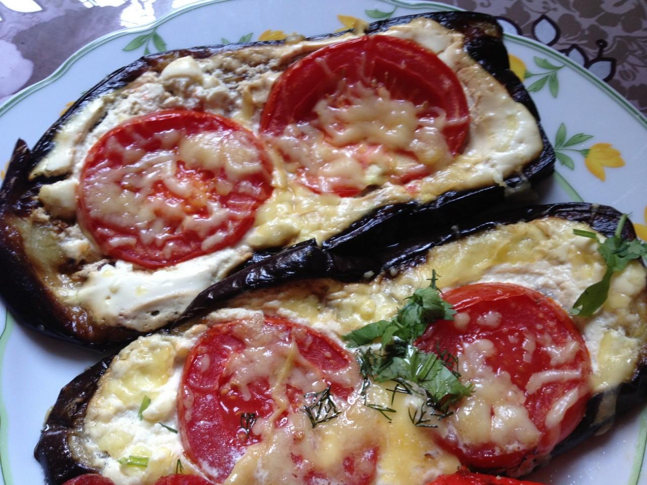 Запеченные баклажаны с сыром и чесноком рецепт пошагово