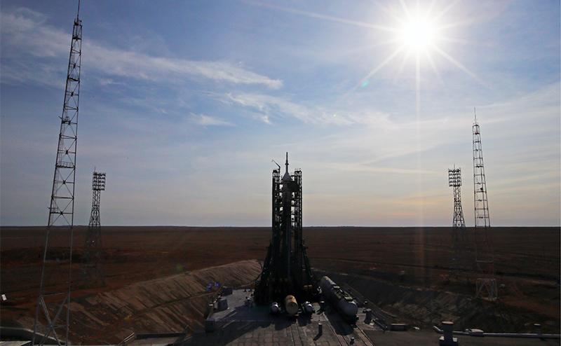 «Роскосмос», чтобы ракеты летали, надо перекодировать