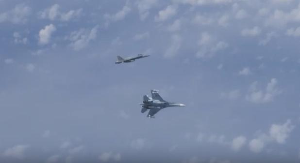 СМИ: истребитель НАТО, приблизившийся к самолету Шойгу, оказался испанским