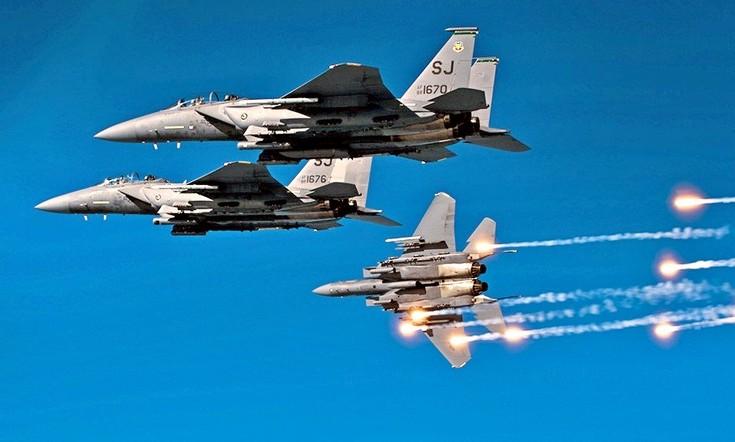 США нанесли авиаудар по бойц…