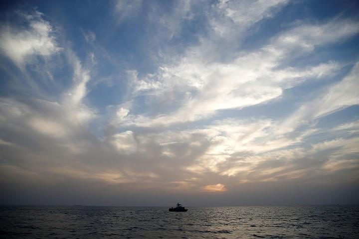 SOS: Арестованное в ОАЭ российское судно подало сигнал бедствия