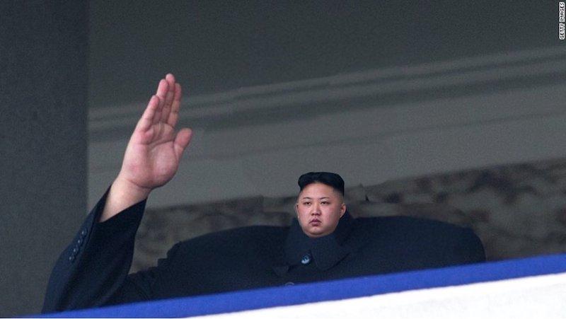 Одна голова хорошо, а маленькая еще лучше: инстаграм и твиттер, в которых Канье Уэст и Ким Чен Ын — недоделанные лилипуты