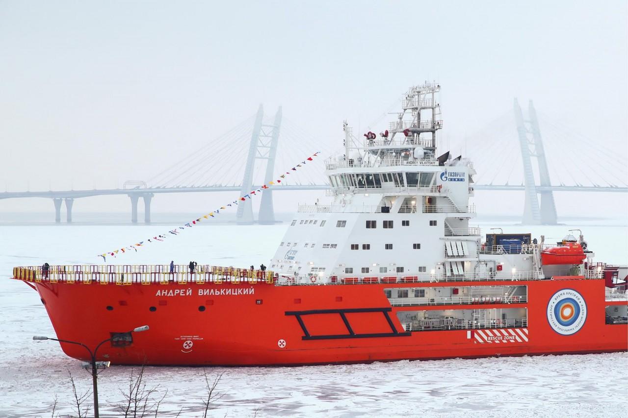 Руслан Осташко: Россия троллит запад в Арктике