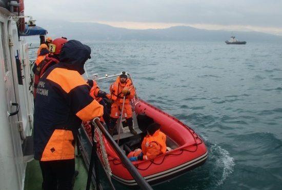Эксперты: пилот Ту-154, разбившегося под Сочи, контролируемо сел на воду