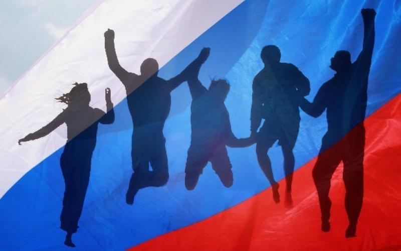 Доля счастливых россиян достигла исторического максимума - опрос