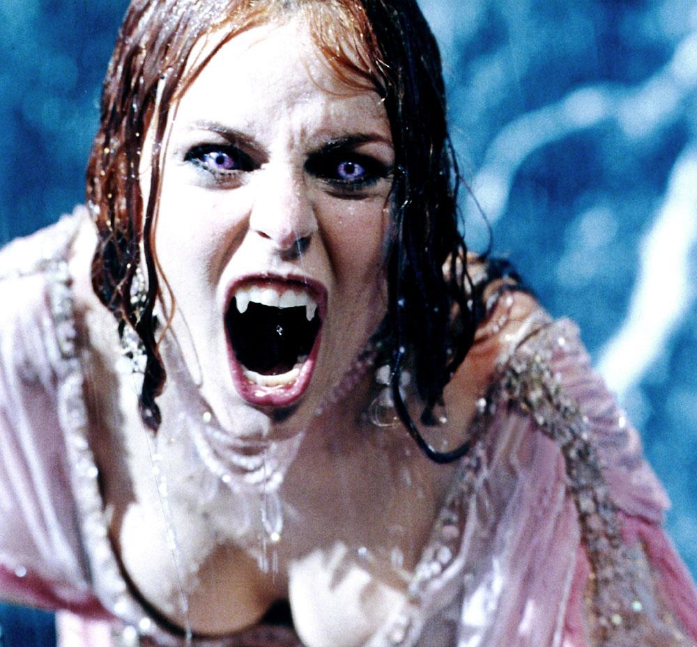 Vampirella nackt nudes scenes