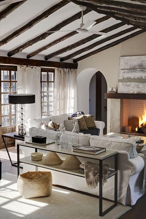 Симпатичное оформление комнаты под крышей станет просто неотъемлемой частью в оформлении комнат для отдыха.