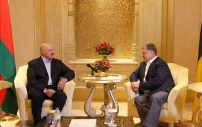 Порошенко нашел Лукашенко и в ОАЭ