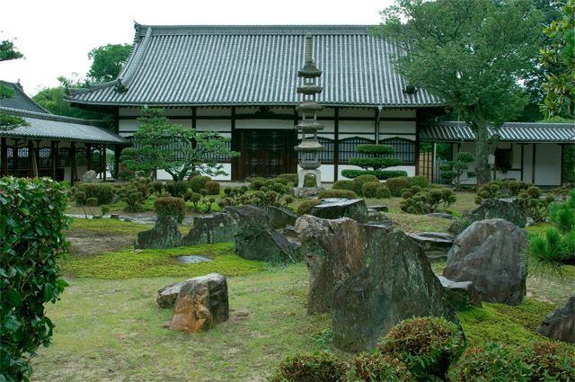 Загадка сада камней. За что в Японии любят минимализм