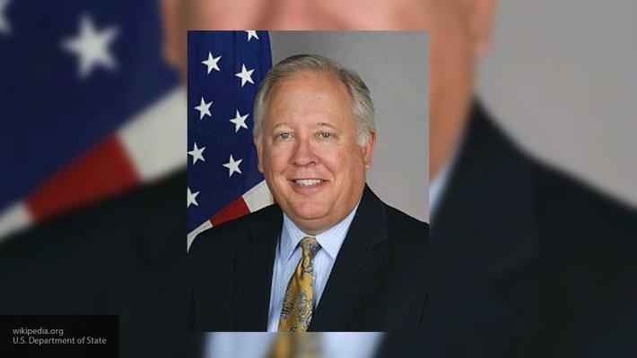 Замгоссекретаря Шеннон заявил о желании США сохранить диалог с Россией