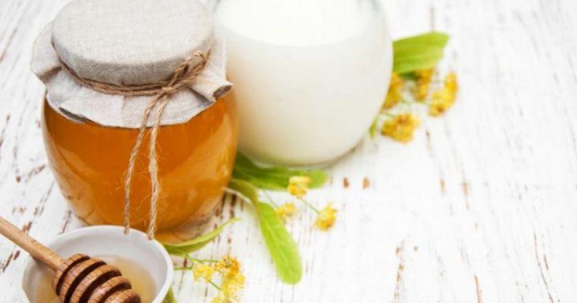 Самый эффективный и натуральный рецепт от кашля на основе молока