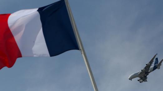 Франция попыталась свалить на Россию вину за бомбежку Сирии