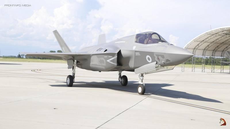 Как одна эскадрилья F-35 уничтожила Королевские ВВС Великобритании