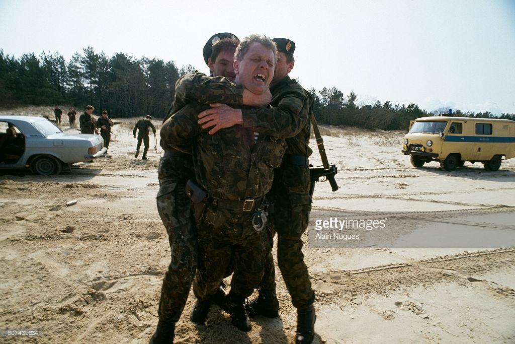 про белорусскую армию александр коржичь рисунок цветок