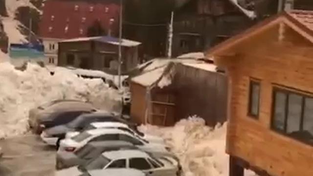 Сход лавины на Приэльбрусье 24.03.18