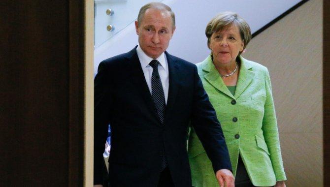 Внезапный поворот: Германия и Австрия пошли против США из-за России