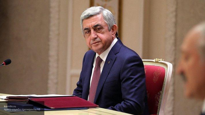 Саргсян назвал условия своей отставки с поста премьера Армении
