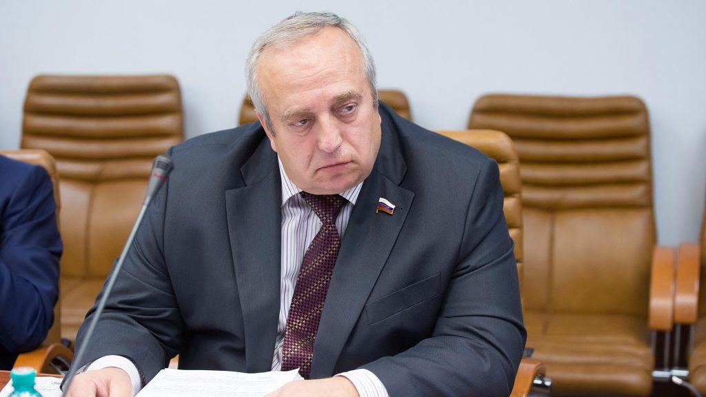 Клинцевич рассказал, о каких страшных проблемах говорит срыв радикалами концерта Райкина